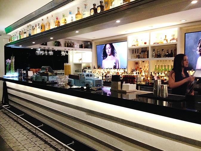 Cantina La Veinte Bar