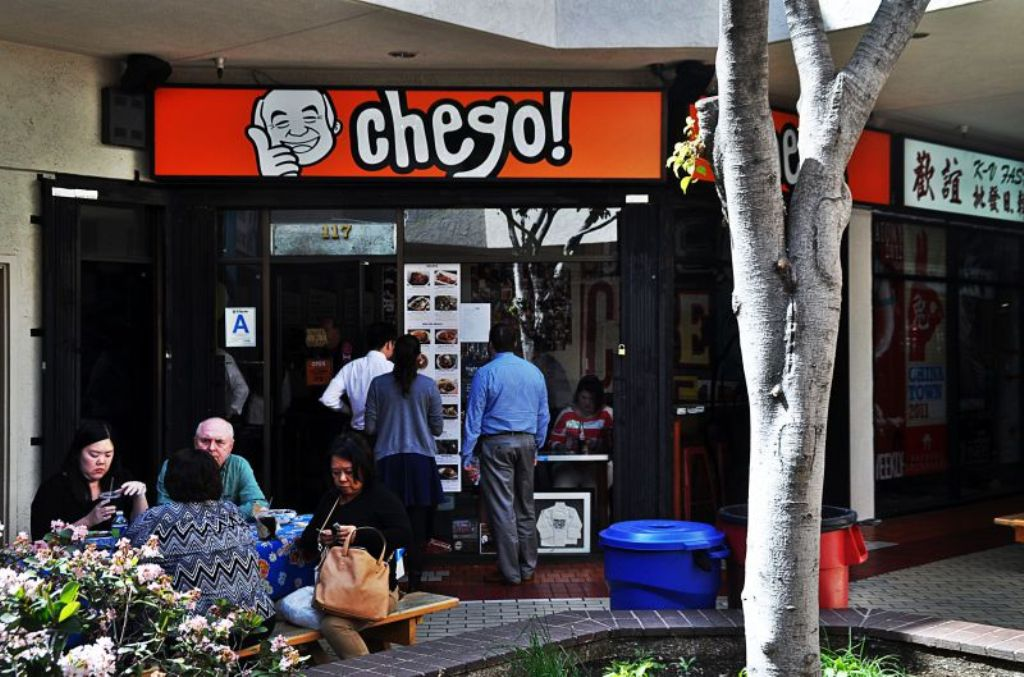 Chego the sexiest rice bowls in la 39 s chinatown for Chego los angeles