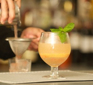 Traymore Gin Bar Miami – Traymore 1939 Gin Cocktail - courtesy of metropolitan by como