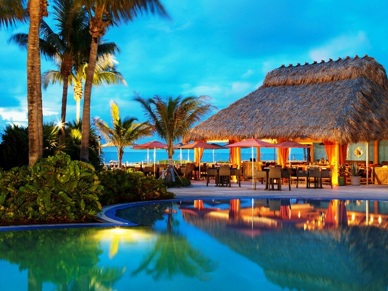 Best Cinco de Mayo Miami – CantinaBeachExterior -courtesy of The Ritz Carlton Key Biscayne
