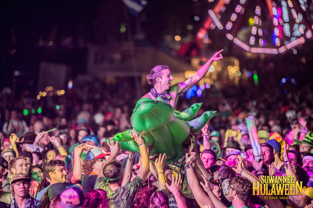"The String Cheese Incident's ""Stringier Things"" - Hulaween Music Festival 10/29/16 - Spirit of Suwannee Music Park - Live Oak FL - Photo © Dave Vann 2016"