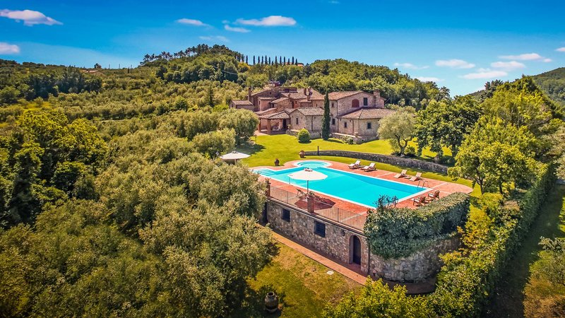 best villas in tuscany